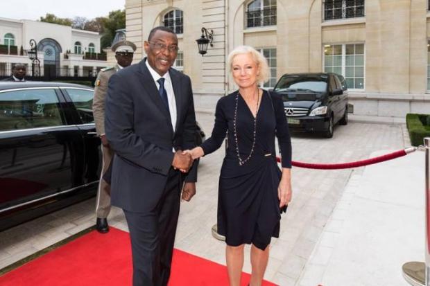 abdoulaye-idrissa-maïga-premier-ministre-charlotte-petri-gornitzka-presidente-comite-aide-developpement-cad-siege-organisation-cooperation-developpement-economique-ocde