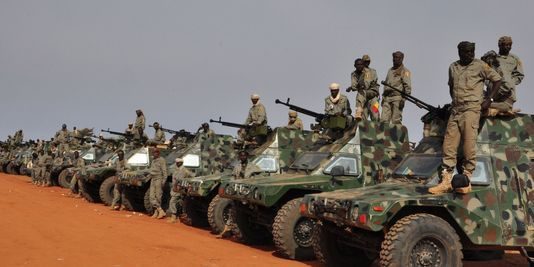 soldat-militaire-armee-tchadienne-patrouille-frontiere-entre-nigeria-contre-boko-haram